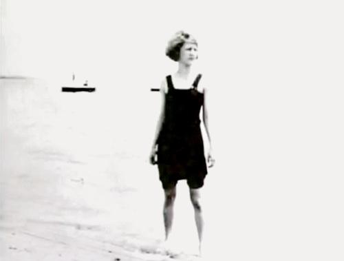 Zelda at the beach